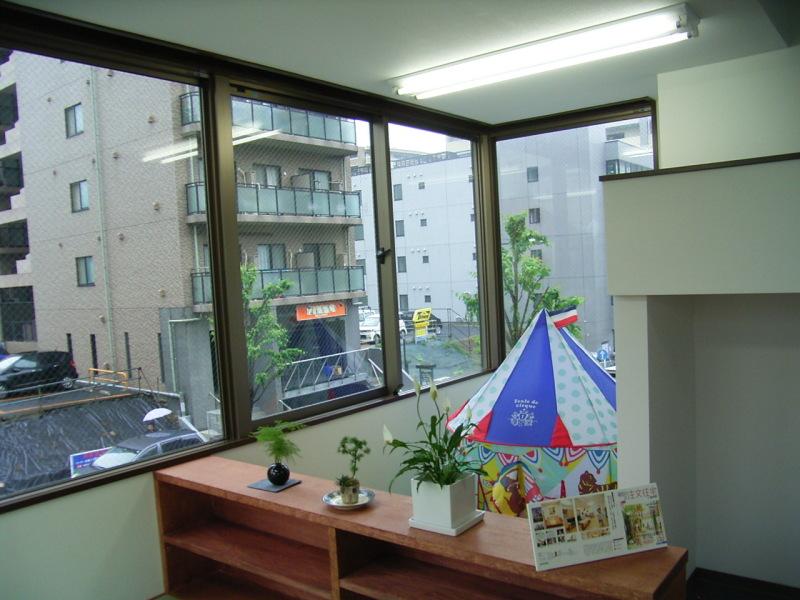 秦 美穂子 のブログ-子供部屋のカーテンスペース ビフォー